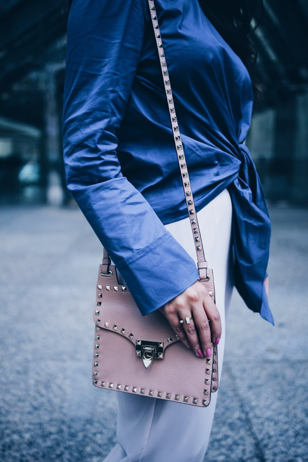 something-new-something-blue-tied-knot-top-zara-blush-pink-pants-2