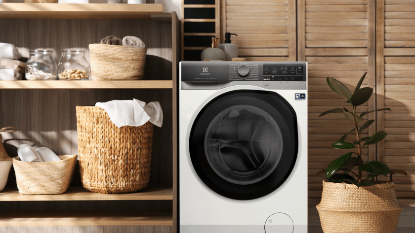 Electrolux UltimateCare 900 Washer Dryer