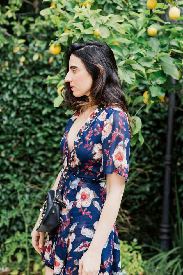 Blogger Style notes by belen wears reformation dress with valentino bag 5