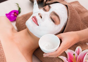 Homemade Natural Face Masks for Combination Skin Care