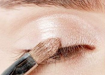 Start with a light eyeshadow