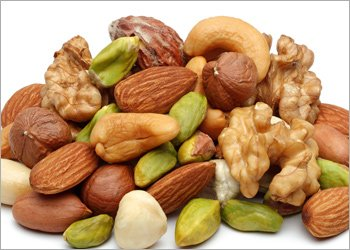 Nuts Beneficial For Achieving Fantastic Hair
