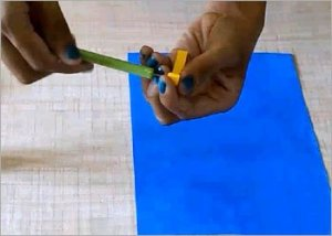 Easy-colorful-flower-quilling-craft