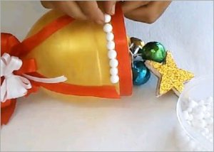 Christmas-bell-diy-recycled-craft