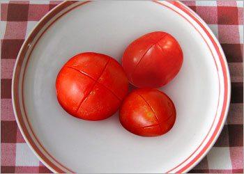 X-marks-on-tomato