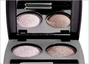 Darker-shade-of-eyeshadow