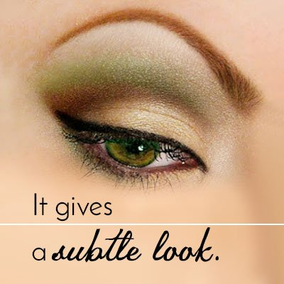 Combination of Brown and Gold Makeup for Green Eyes