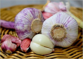 Garlic-home-remedies