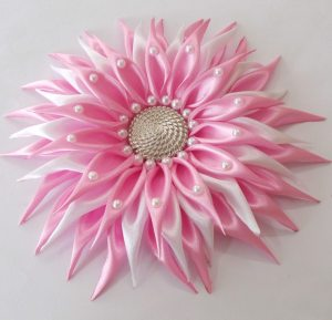 DIY Kanzashi Dahlia Flower With Beads!