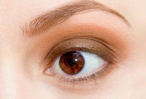 Prepare-the-eyelids