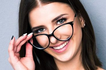 Beauty tips for girls who wear glasses