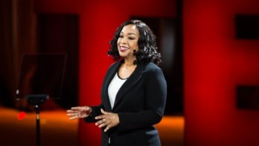 shonda-rhimes-on-stage-at-ted