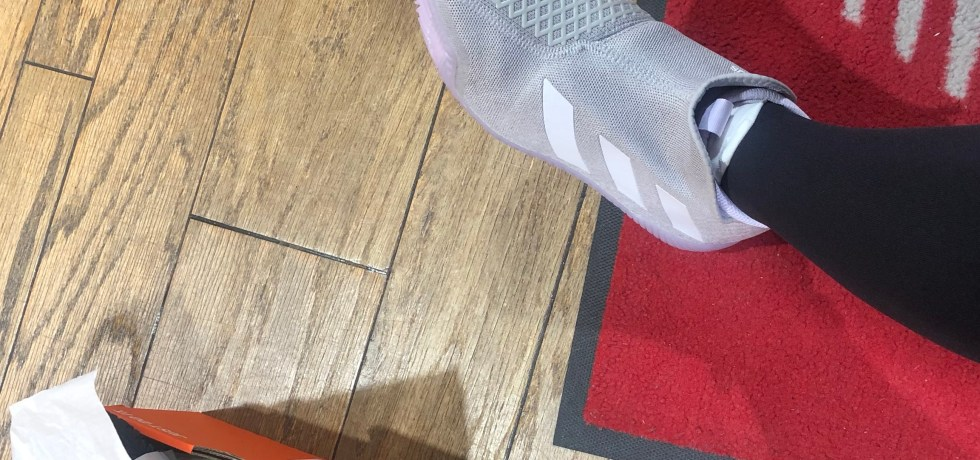 tsitsipas laceless tennis shoes