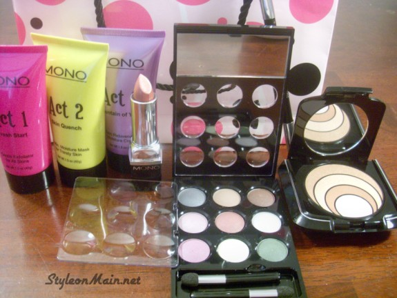 Madeleine Mono Makeup & Skincare Kit Giveaway - WW