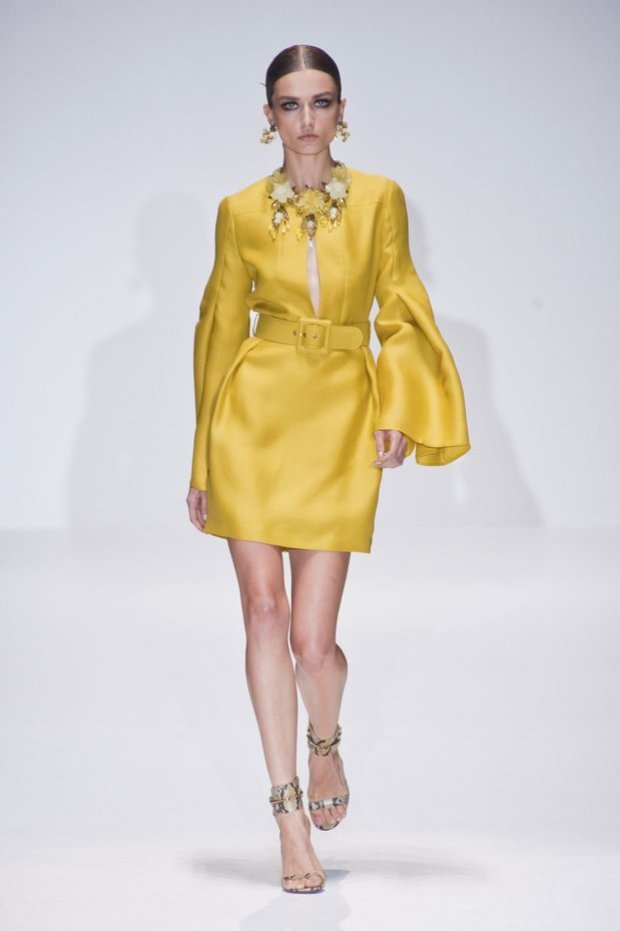 Runway Fashion Trends 2013, Fashion accessories, bright colors,  color blocking, fashion, pop colors, spring/summer 2013 fashion trends, Pop Color Fashion Trends, Style, Fashion Photography, Blumarine, Elie Saab, Emilio Pucci, Gucci, Valentino
