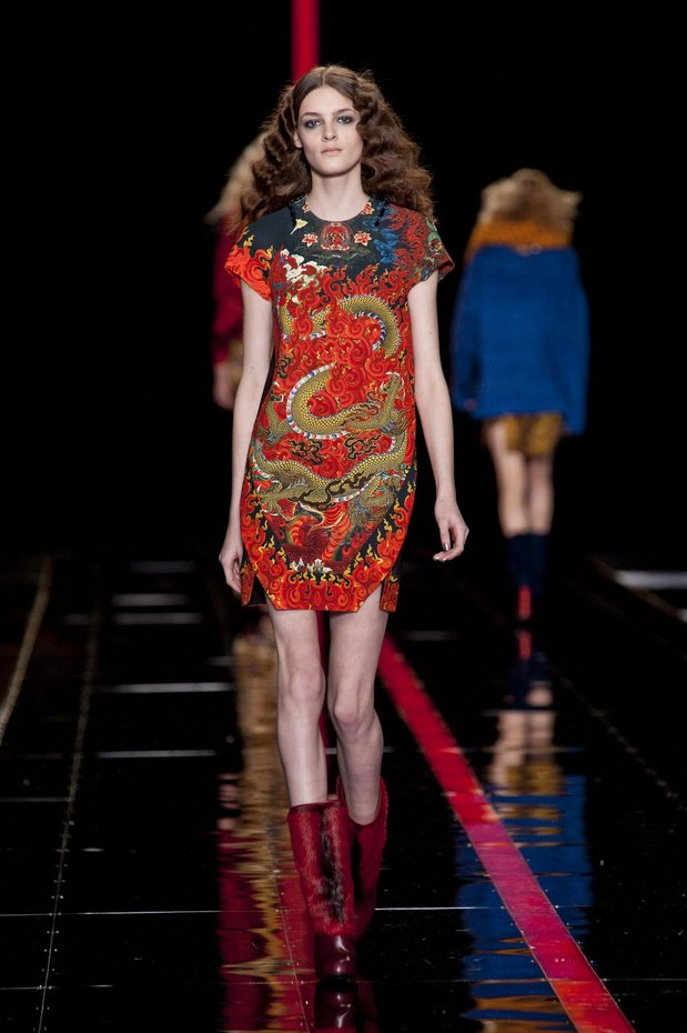 Winter Fashion, Autumn/ Winter 2013-14 Runway Fashion, Fashion, Style, Winter Fashion, Autumn/Winter 2013-14 Fashion Trends, Fashion Photography, Fashion Blog, Balenciaga, Carolina Herrera, Diane Von Furstenberg, Gucci, Jean Paul Gaultier, Just Cavalli, Valentino