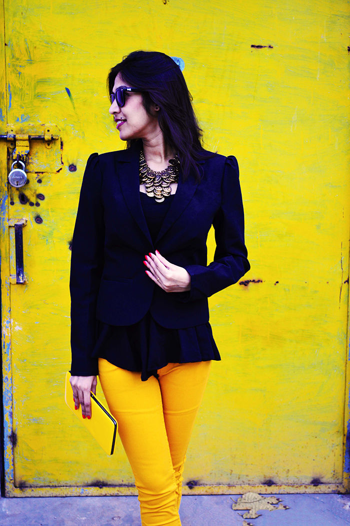 Fashion, Style, Fashion Photography, Street Fashion, Fashion Blogger, Casual wear, Indian Fashion Blogger, Colored Denim, Black Blazer, Yellow Jeans, Mango Jeans
