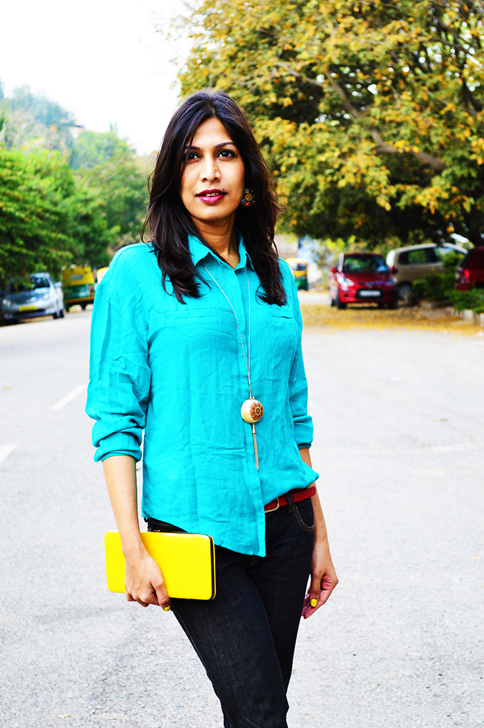 Fashion, Style, Fashion Photography, Street Fashion, Fashion Blogger, Casual wear, Indian Fashion Blogger, Turquoise Shirt, United Colors of Benetton Jeans