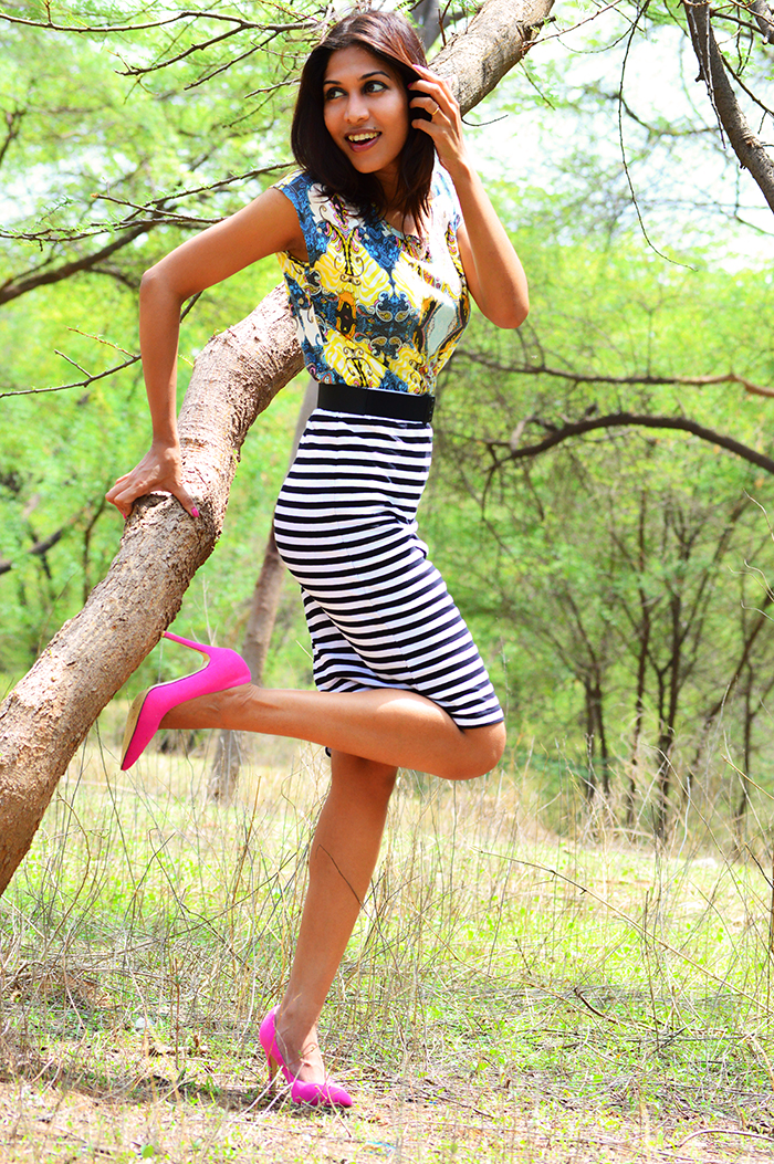 Fashion, Style, Fashion Photography, Street Fashion, Fashion Blogger, Casual wear, Indian Fashion Blogger, Only Top, Printed Summer top, Striped pencil skirt,