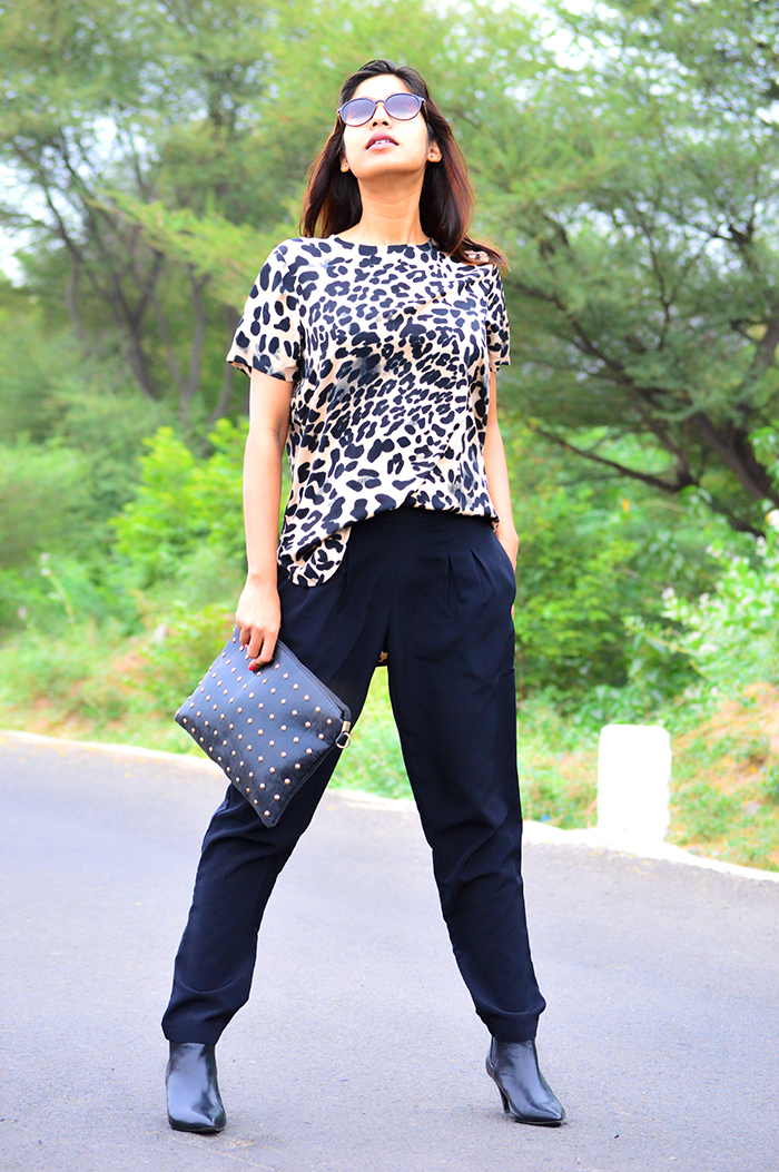 Fashion, Style, Fashion Photography, Street Fashion, Fashion Blogger, Casual wear, Indian Fashion Blogger, Summer Fashion, Street Style, Koovs pants, Jabong, Mango Booties, Indian Blogger, Miss Bennett London Top