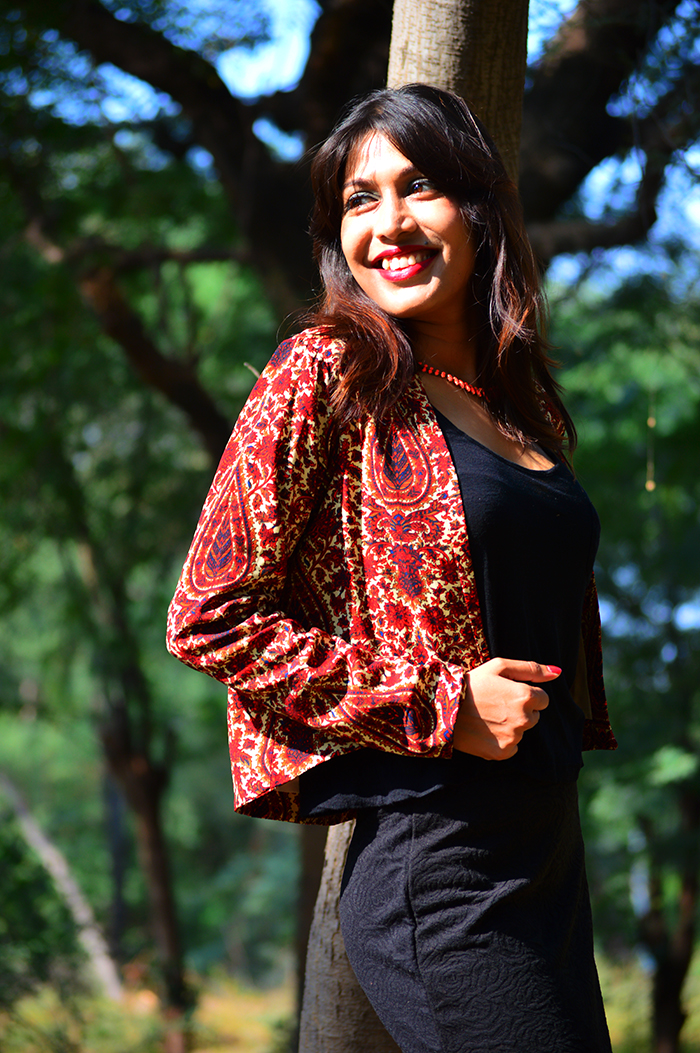 Fashion, Style, Fashion Photography, Street Style, Fashion Blogger, Indian Fashion Blogger, Style Over Coffee, Casual wear, Printed Blazer, Black Pencil Skirt,