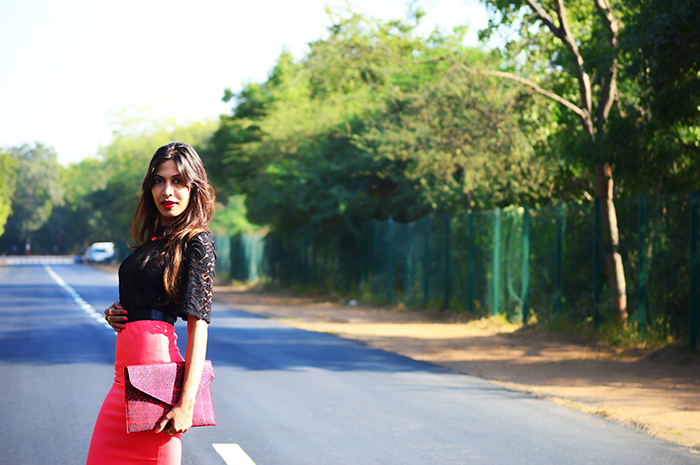 Fashion, Style, Fashion Photography, Street Style, Fashion Blogger, Indian Fashion Blogger, Style Over Coffee, Casual wear, Indian Fashion Blog, Black Lace Blouse, Peach Pencil Skirt, Jabong, Shopping, Koovs, Printed Envelop Clutch