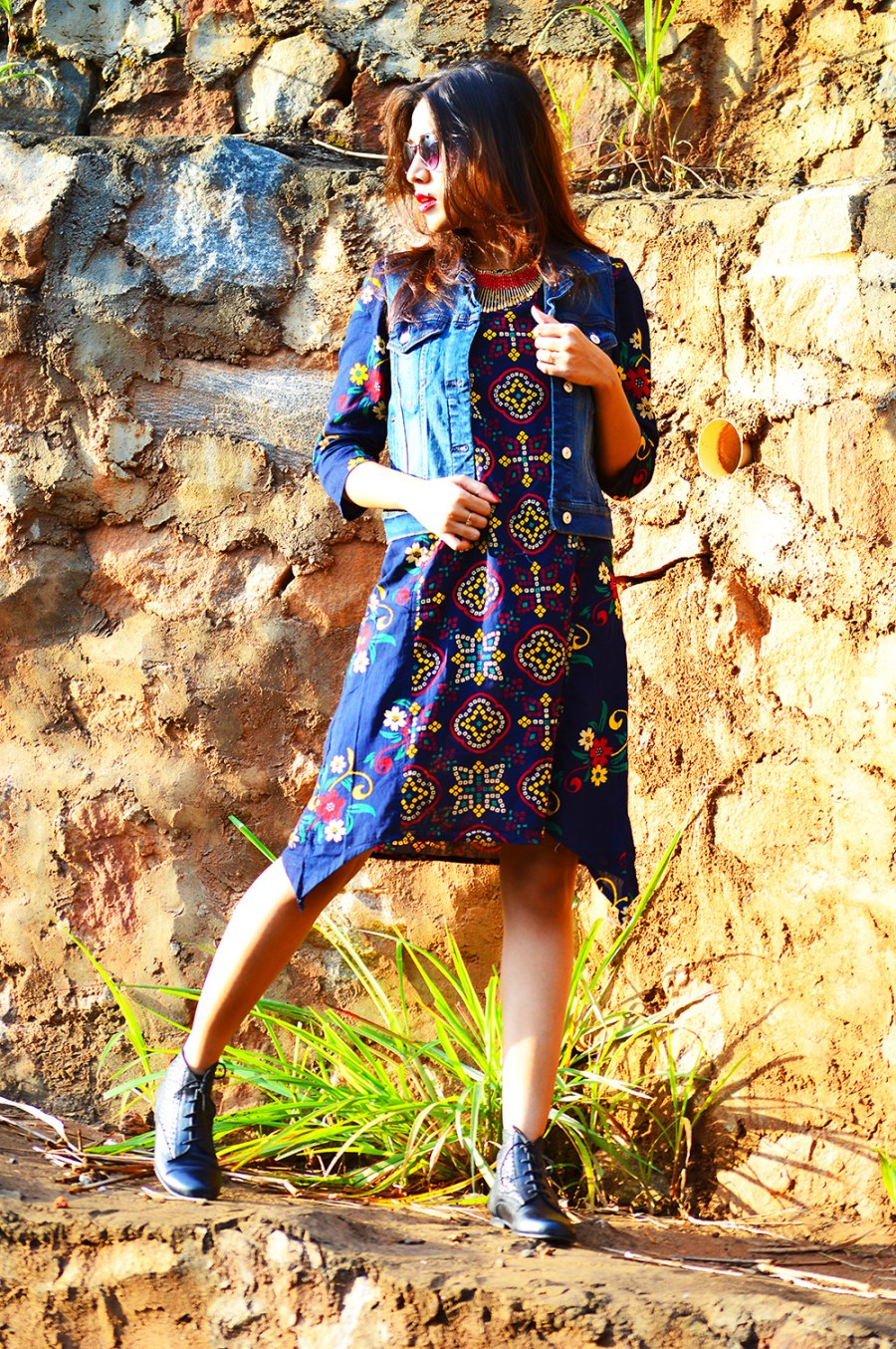 Fashion Style, Indian Fashion Blogger, Fashion Blog, Indo-western Street Style, Fashion Photography, Denim Vest, Retro Sunglasses, Indo Western Fashion, Outfit of the day, Sarmistha Goswami, Style Over Coffee-5