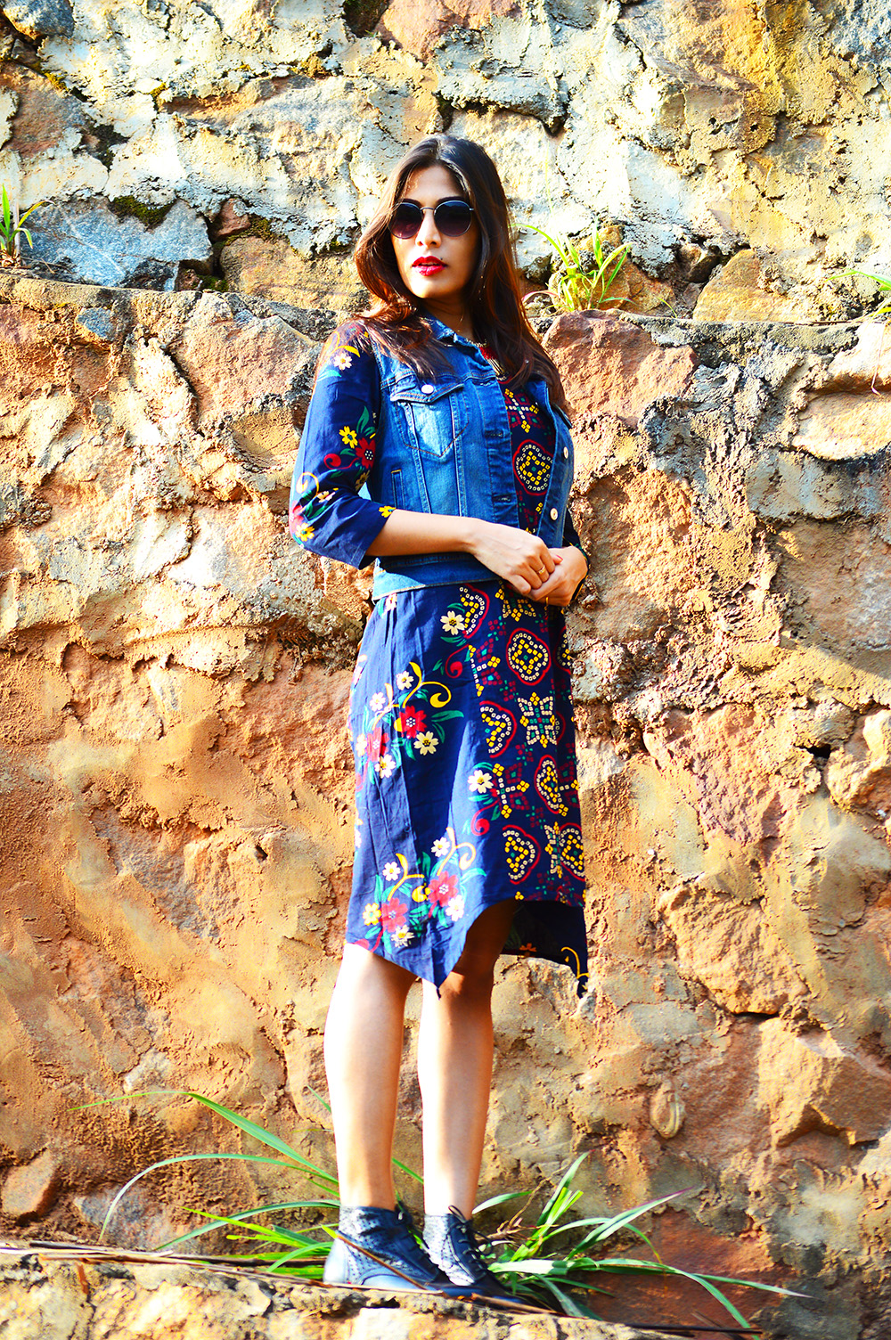 Fashion Style, Indian Fashion Blogger, Fashion Blog, Indo-western Street Style, Fashion Photography, Denim Vest, Retro Sunglasses, Indo Western Fashion, Outfit of the day, Sarmistha Goswami, Style Over Coffee-1