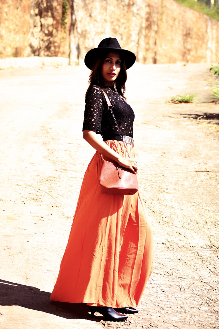 Fashion, Style, Fall Outfits, Fashion Photography, Street Style, Fall Fashion, Black Lace blouse, Maxi Skirt-2