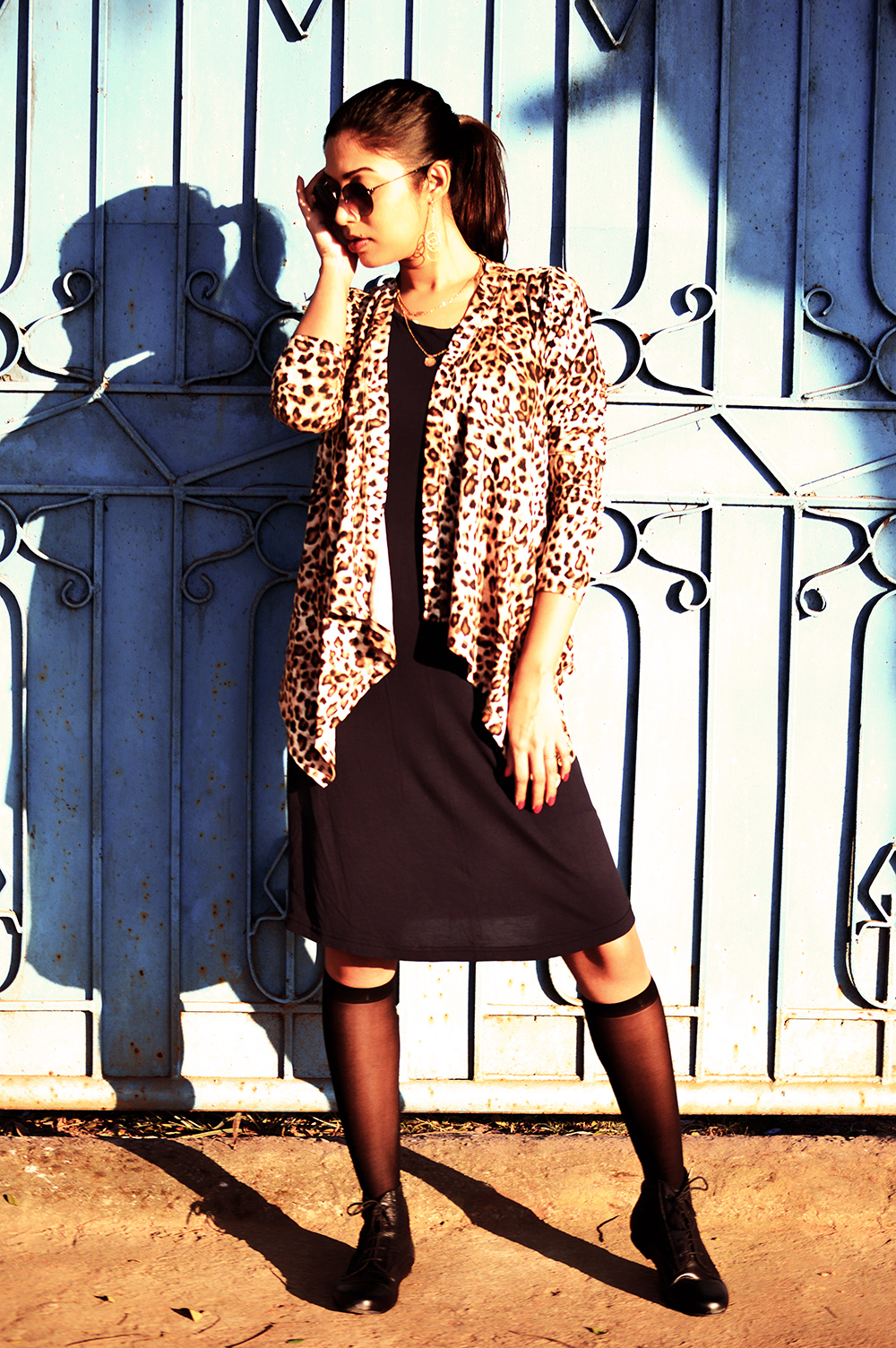 Fashion, Style, Winter Fashion, Fashion Photography, Leopard Print, Navy knit dress, Leopard printed shrug, Indian fashion Blogger-3