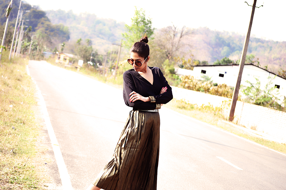 Fashion, Style, Indian Fashion Blogger, Golden, Metallic Sneakers, Golden Skirt, Street Style, Photography-1