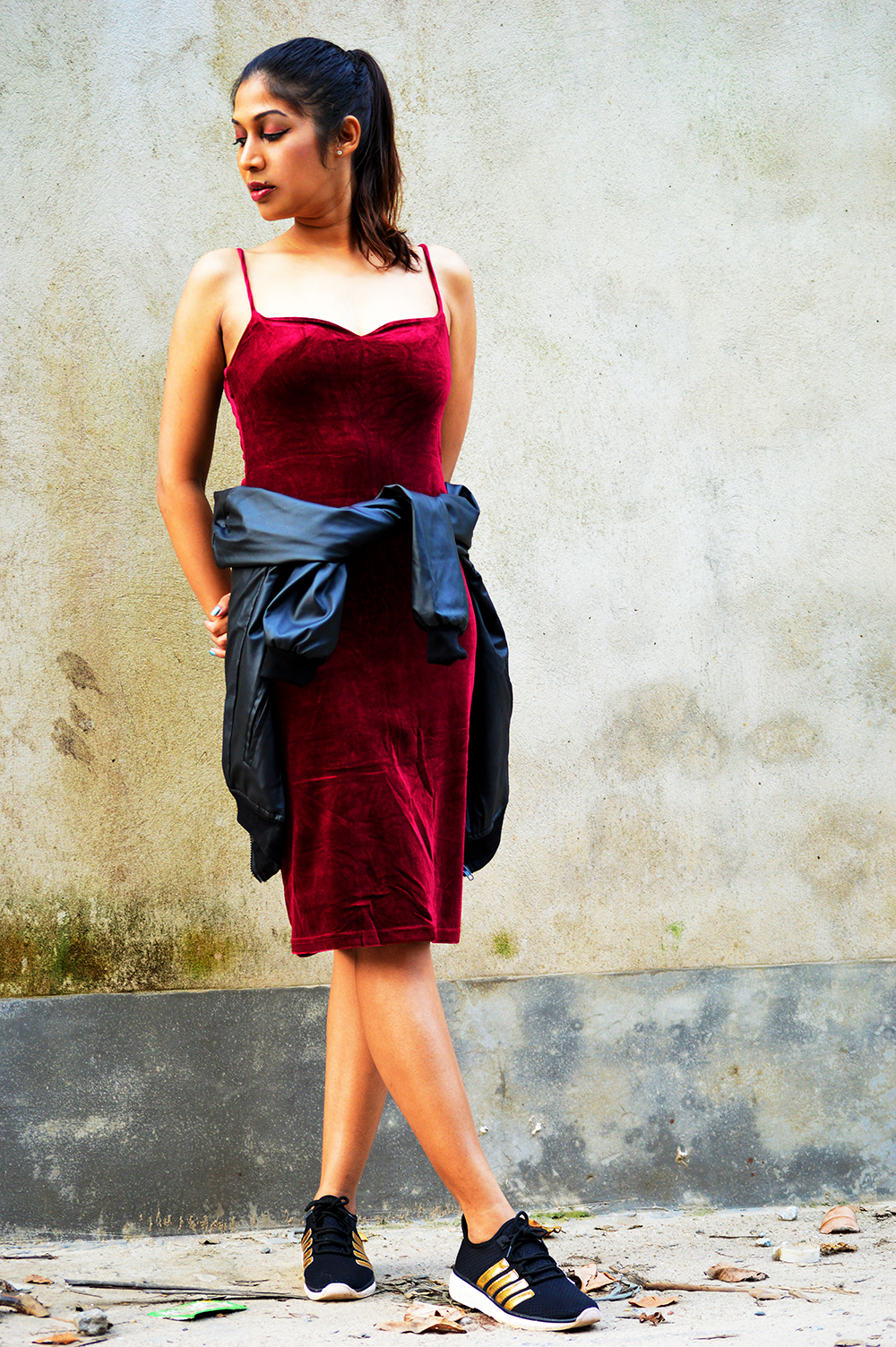 Street Style, Velvet Dress, Slip Dress, Fashion, Style, Indian Fashion Blogger, Indian Street Fashion, Photography-3