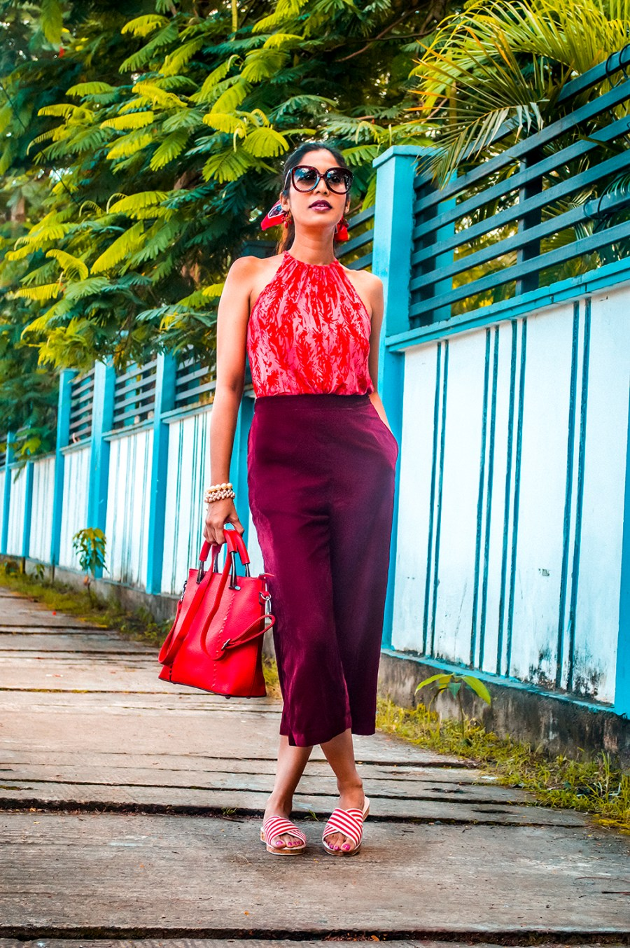 Velvet Culottes, Style Over Coffee, Sarmistha Goswami, Indian Blogger, Sustainability, Red Handbag, Style Tips, Fashionista, Fashion Influencer-1