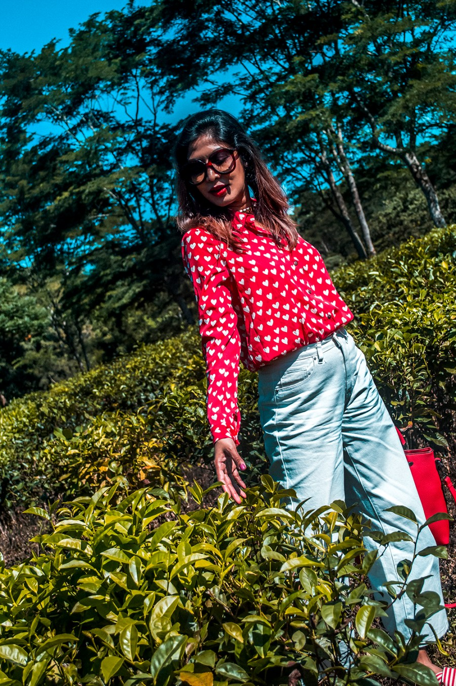 How to Style, White Denim, Culottes, Red Shirt, Red Handbag, Fashion Blogger, Indian Influencer-3