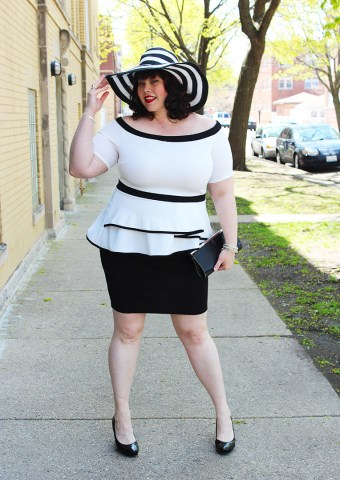 Fashion to Figure Archives   Style Plus Curves   A Chicago Plus Size     Plus Size Blogger Amber from Style Plus Curves in a Fashion to Figure Dress  from Fullbeauty