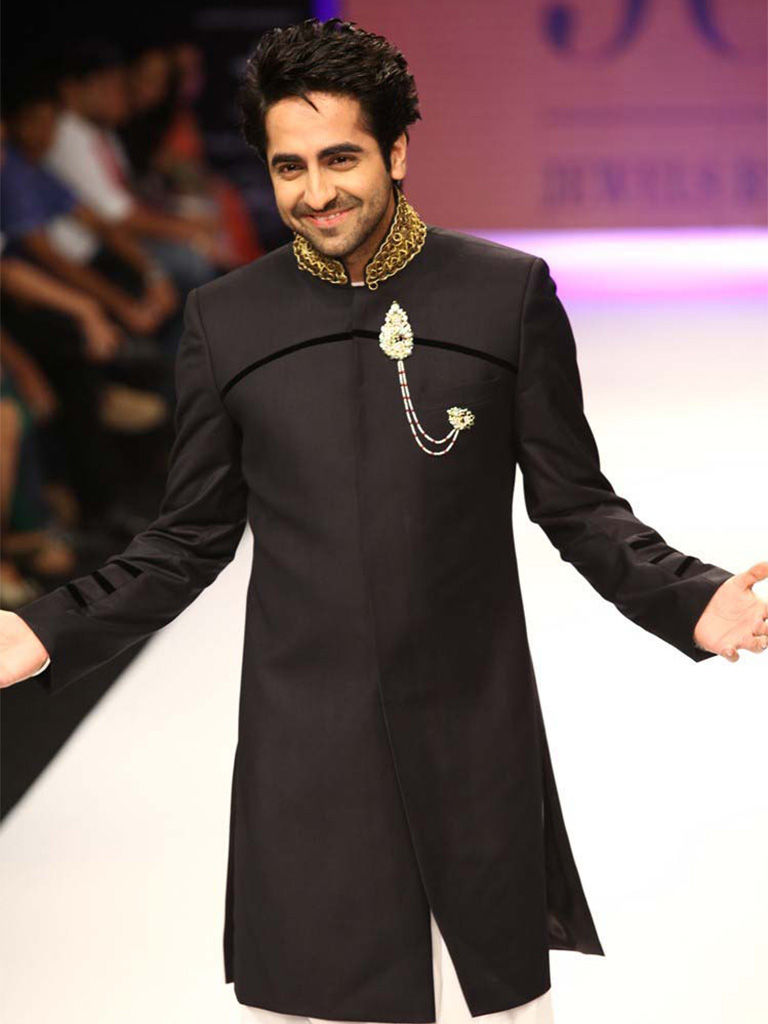 Ayushman Khurana wearing a Jewels by Preeti. PC- suhaag.com