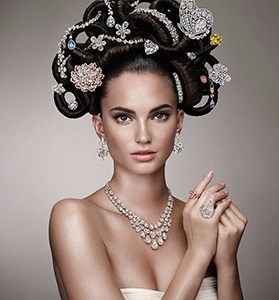 Inspired by hair fashions on 18th century versailles royalty, model in graff 2013 hair n jewels. www.liveinternet.ru