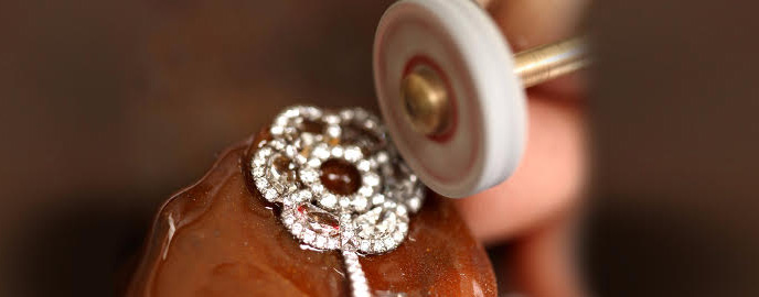 Diamond jewelry being buffed www.google.com