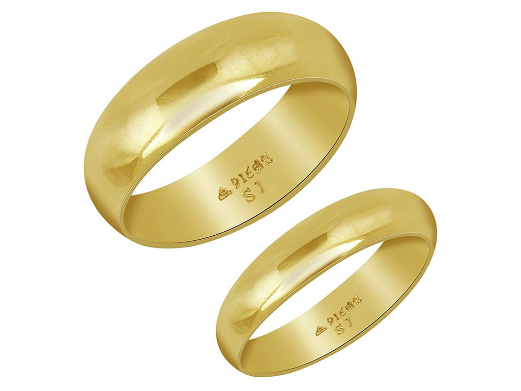 22 Kt Gold His And Her Band With BIS Hallmarks. PC-Velvetcase