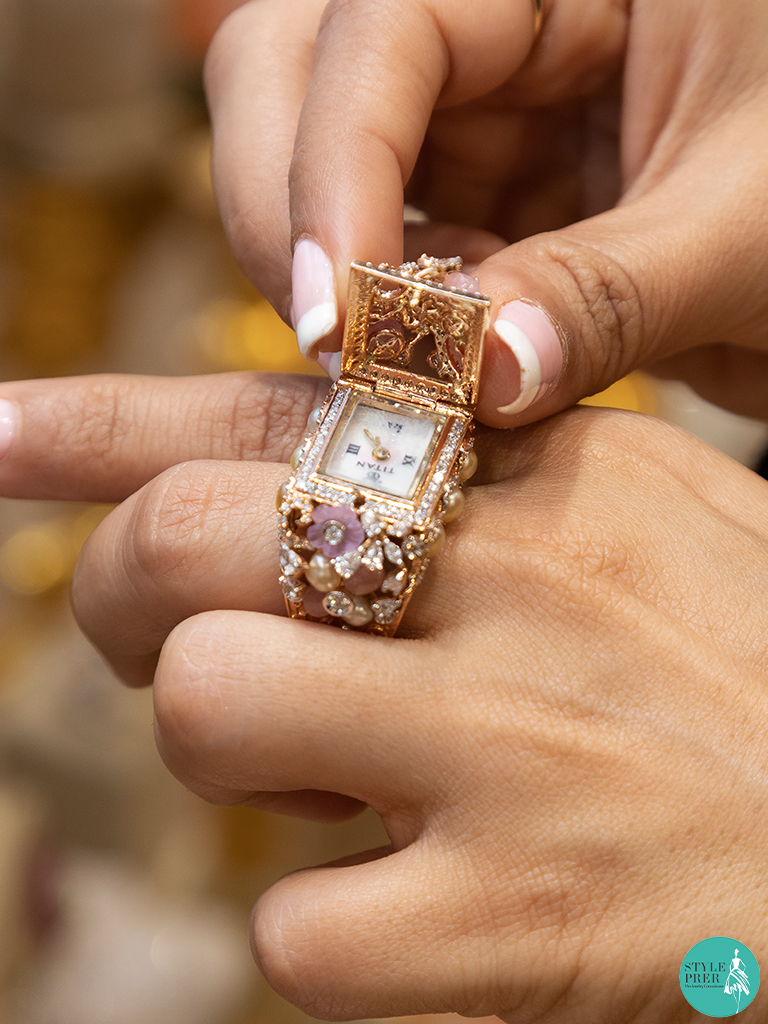 Unique Gemstone Ring showcasing the hidden watch from Sanskriti Jewels at IIJS 2019