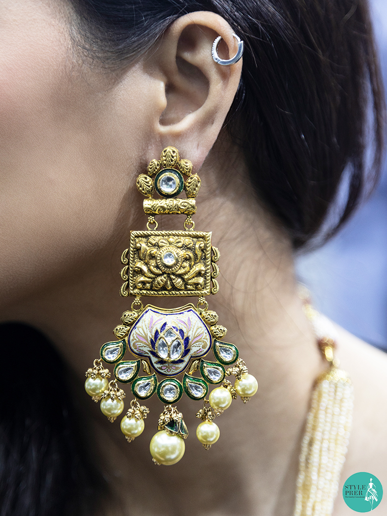 Handcrafted Kundan Earrings from Kik Jewells at IIJS 2019