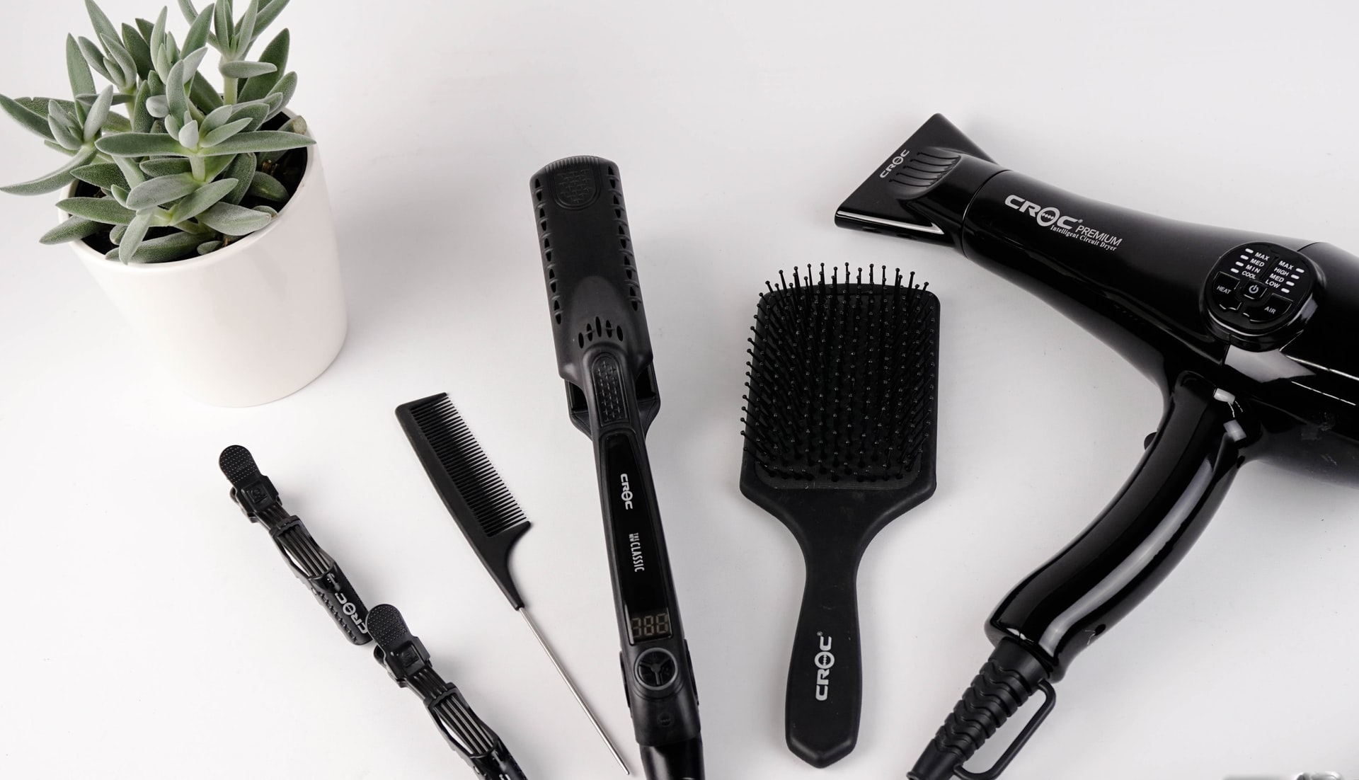 Top 5 Hair Styling Tools That Can Make You Look Like A Diva