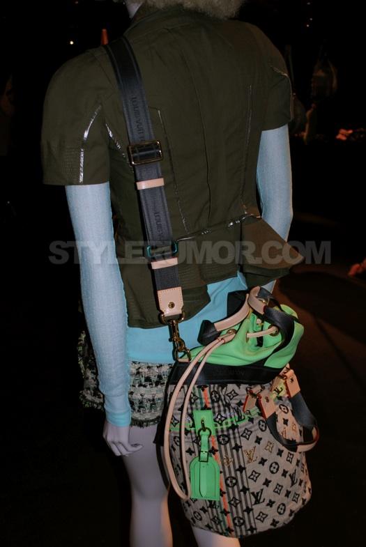 fdef8885d9cf Louis Vuitton Spring Summer 2010 Fashion Show Handbags