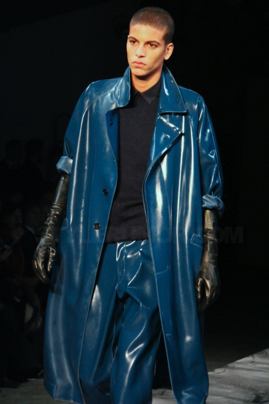 mugler-homme-fall-winter-2011-collection-10