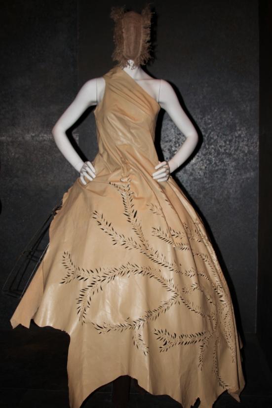 Alexander McQueen Savage Beauty Costume Institute Metropolitan Museum of Art 9