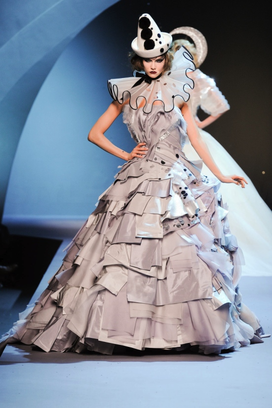 Dior Haute Couture Fall Winter 2011 Collection 36