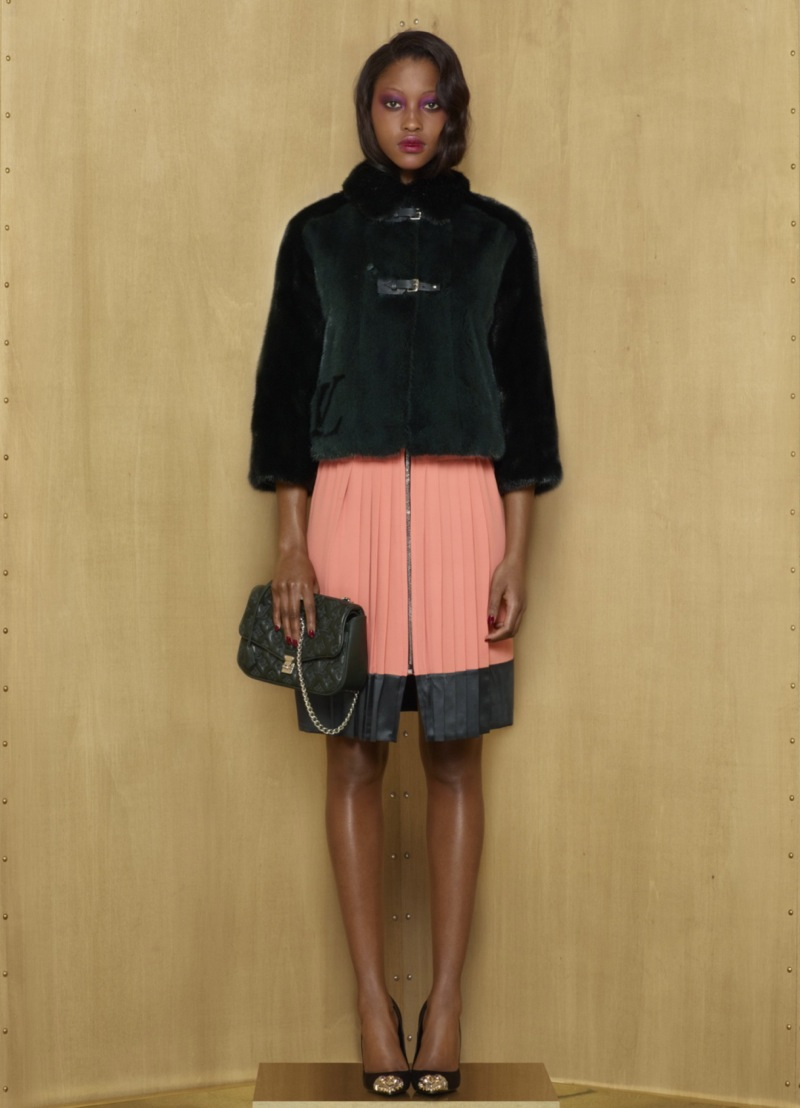 Louis Vuitton Pre-Fall 2012 Collection 24