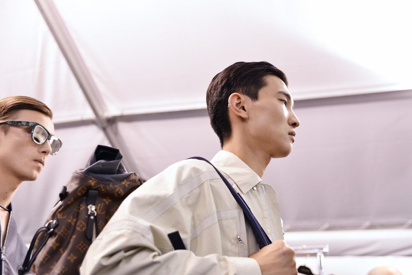 Backstage at the Louis Vuitton Menswear Spring Summer 2016 Show 31
