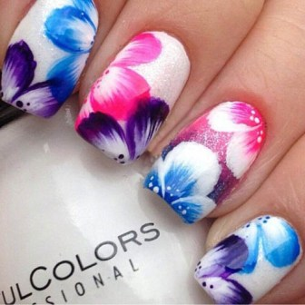 Acrylic Freehand Flower Nail Art This