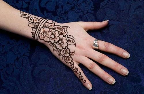 mehendi designs for back hand